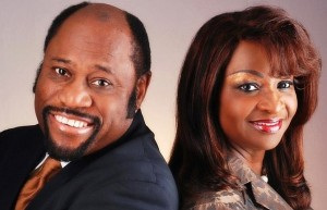 Myles_munroe-and-his-wife